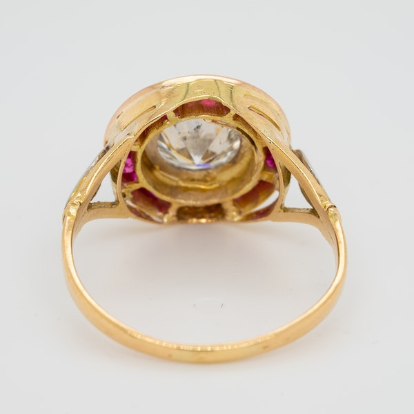 Diamond and ruby  calibre - cut ring with 1.55 ct est. diamond centre - image 4