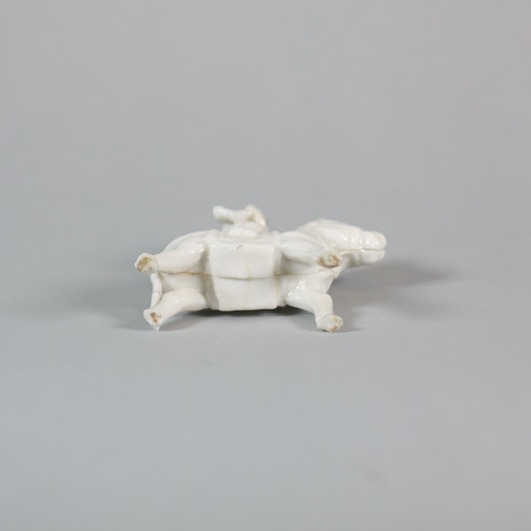 Chinese miniature blanc de chine figure - image 3