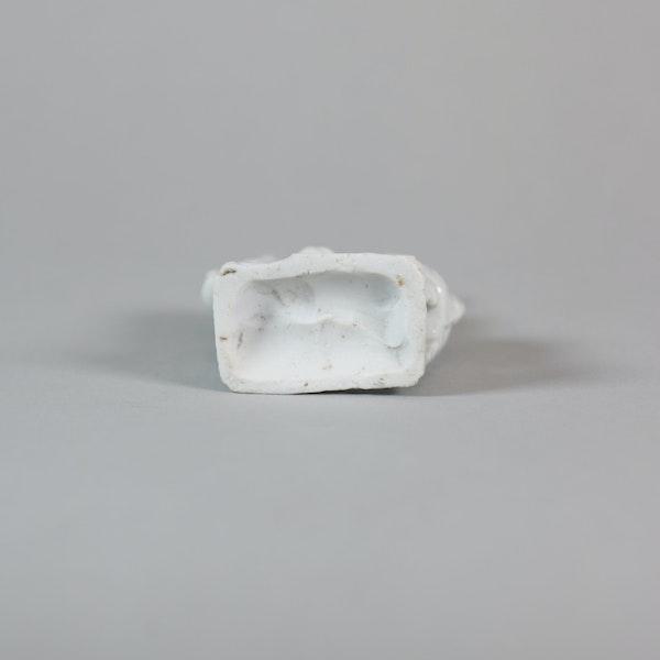 Chinese miniature blanc de chine figure - image 4