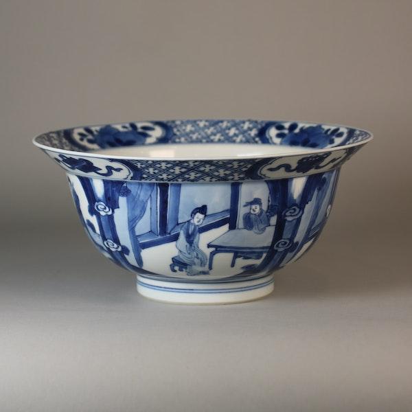 Chinese blue and white klapmutz bowl - image 5