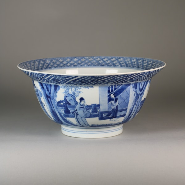 Chinese blue and white klapmutz bowl - image 4