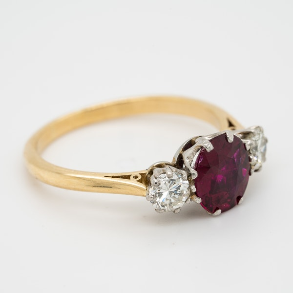 3 stone ruby and diamond ring - image 2