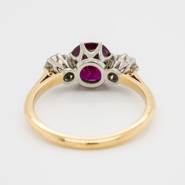 3 stone ruby and diamond ring - image 4