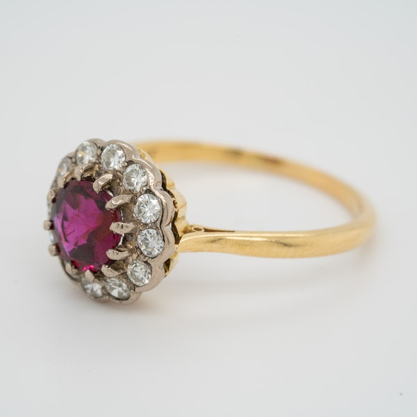 Ruby and diamond cluster ring - image 3