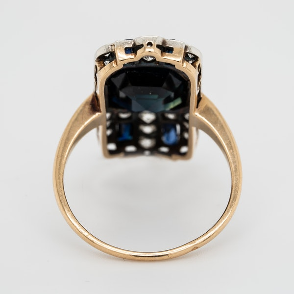 Art Deco sapphire and diamond tablet ring - image 4