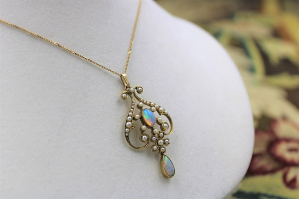 Opal & Seed Pearl Art Nouveau Pendant on a 9ct Gold Chain, English, Circa 1910 - image 1
