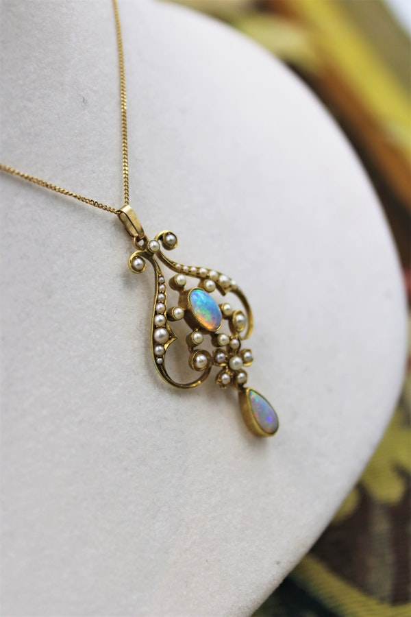 Opal & Seed Pearl Art Nouveau Pendant on a 9ct Gold Chain, English, Circa 1910 - image 2