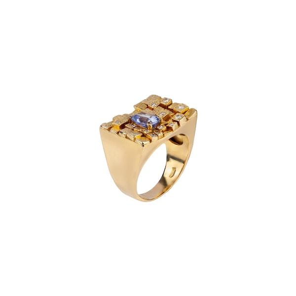1970s sapphire and diamond ring - image 2