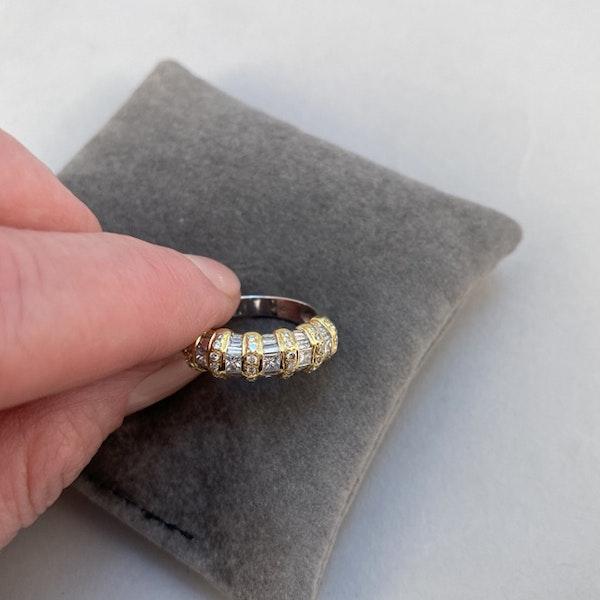 1970's, 18ct White & Yellow Gold Diamond stone set Ring, SHAPIRO & Co since1979 - image 4