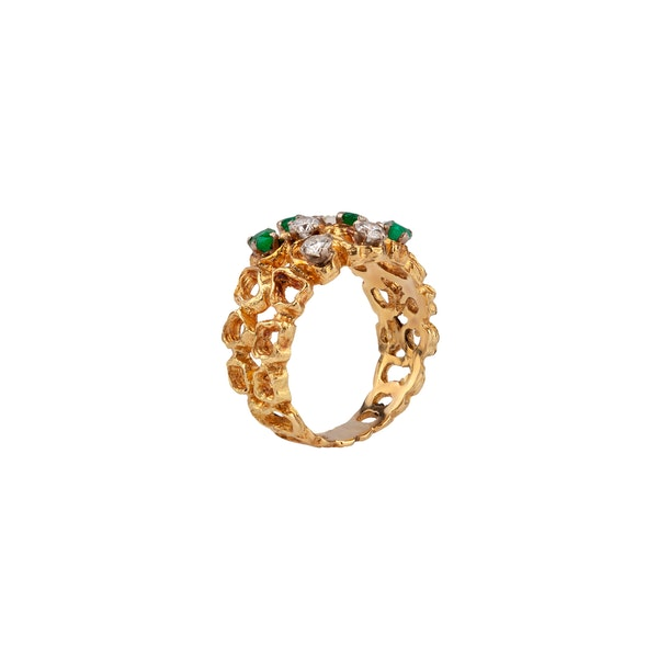 1970s emerald and diamond ring - image 2