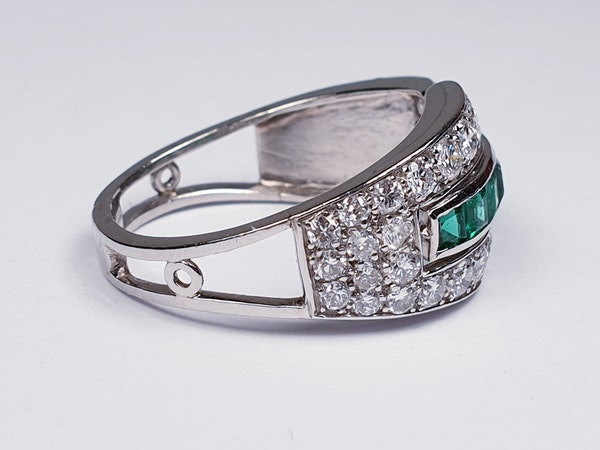 Art deco Emerald and Diamond Ring  DBGEMS - image 2