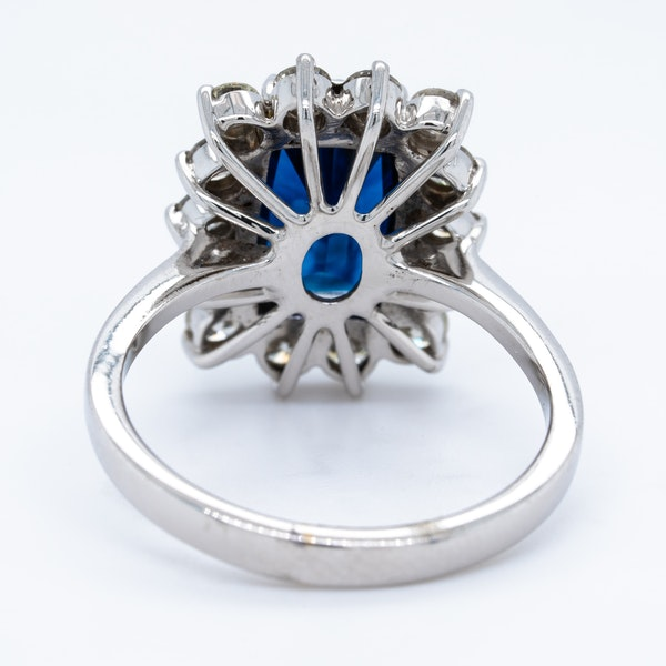 18K white gold 4.08ct Natural Blue Sapphire and 1.00ct Diamond Ring - image 4