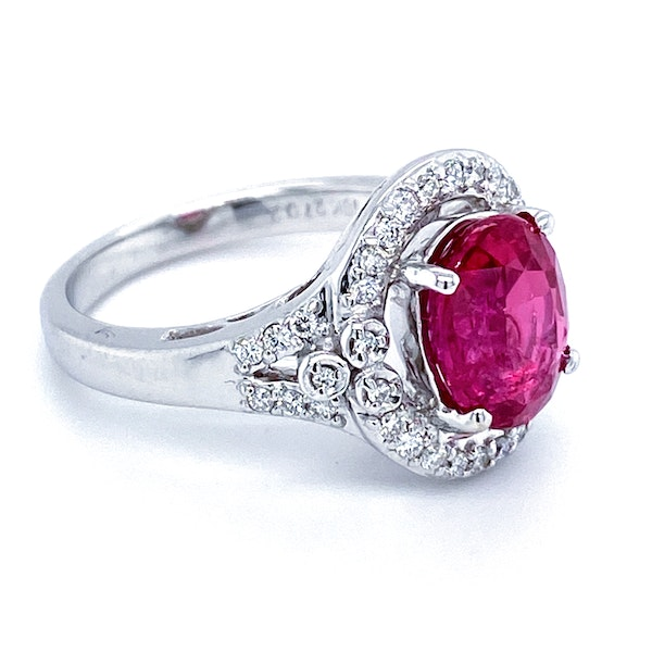 18K white gold 3.54ct Natural Ruby and 0.32ct Diamond Ring - image 4