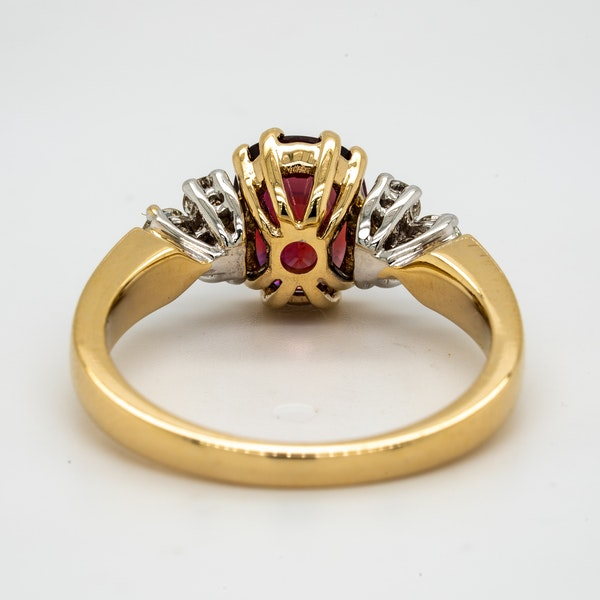 18K yellow gold 2.12ct Natural Ruby and 0.32ct Diamond Ring. - image 4