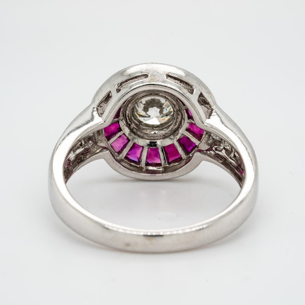 18K white gold 1.25ct Natural Ruby and 0.52ct Diamond Ring - image 4