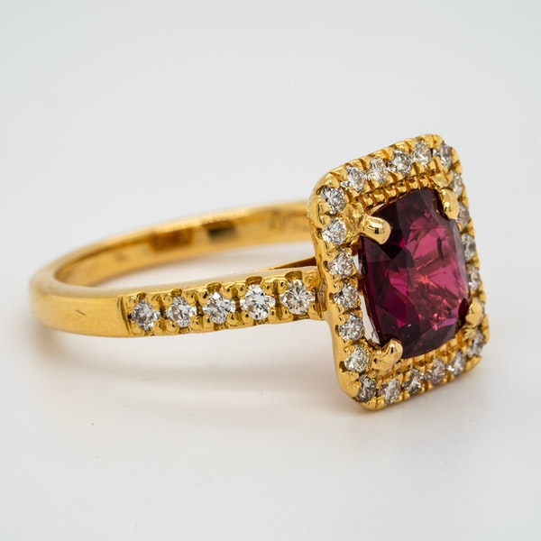 18K yellow gold 2.30ct Natural Ruby and 0.45ct Diamond Ring - image 2