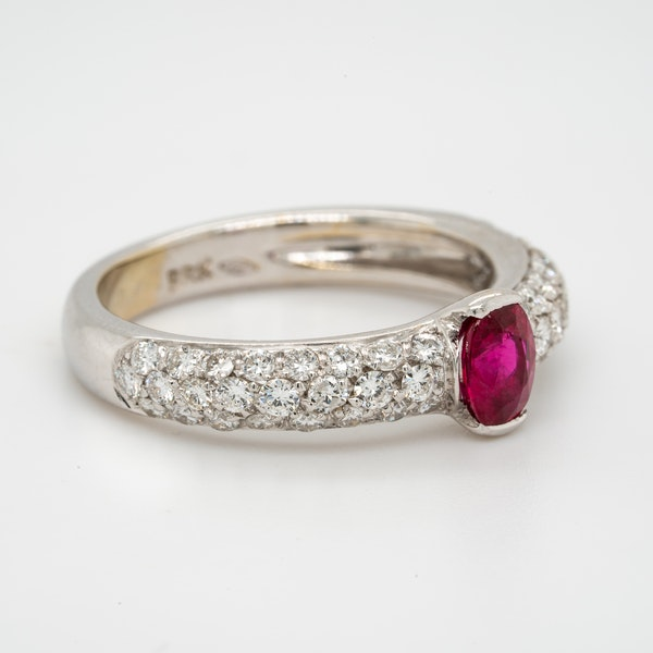 18K white gold 0.50ct Natural Ruby and 0.75ct Diamond Ring. - image 2