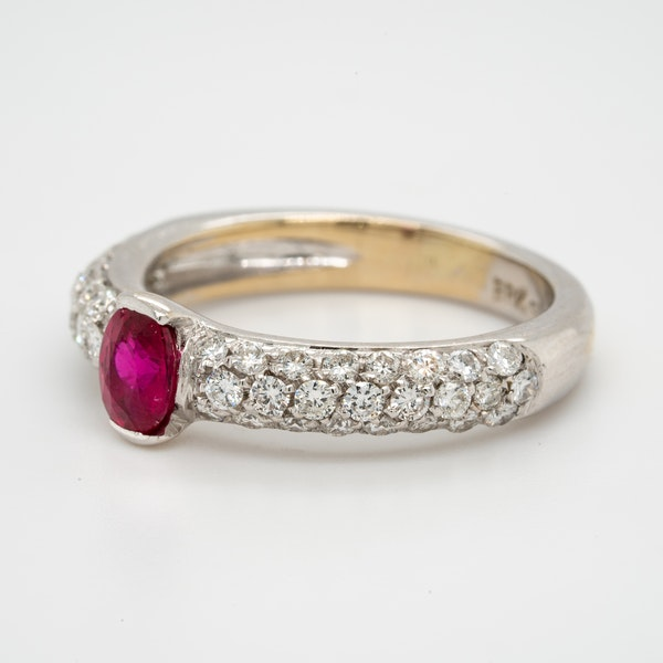 18K white gold 0.50ct Natural Ruby and 0.75ct Diamond Ring. - image 3