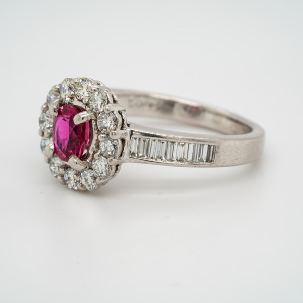 18K white gold 0.50ct Natural Ruby and 1.00ct Diamond Ring - image 3