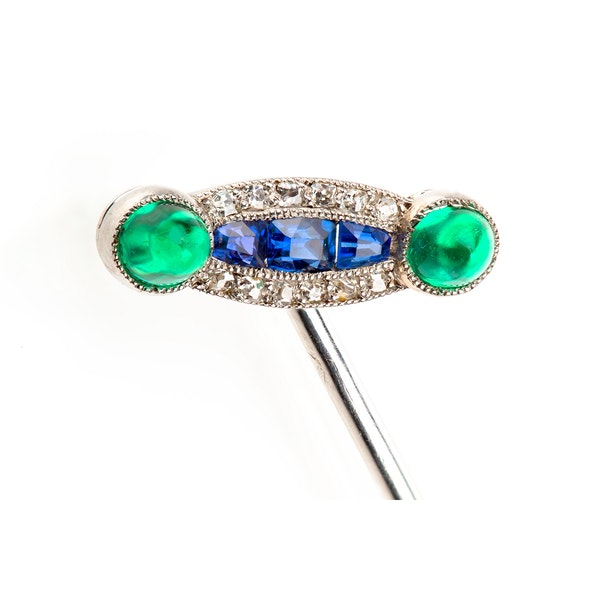 A fine collection of Cufflinks, Dress Sets and Tie Pins from Nigel Norman Fine Jewels. - image 2