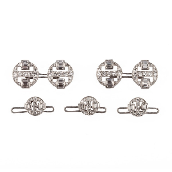 A fine collection of Cufflinks, Dress Sets and Tie Pins from Nigel Norman Fine Jewels. - image 4