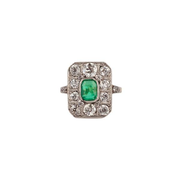 Edwardian emerald and diamond ring - image 1