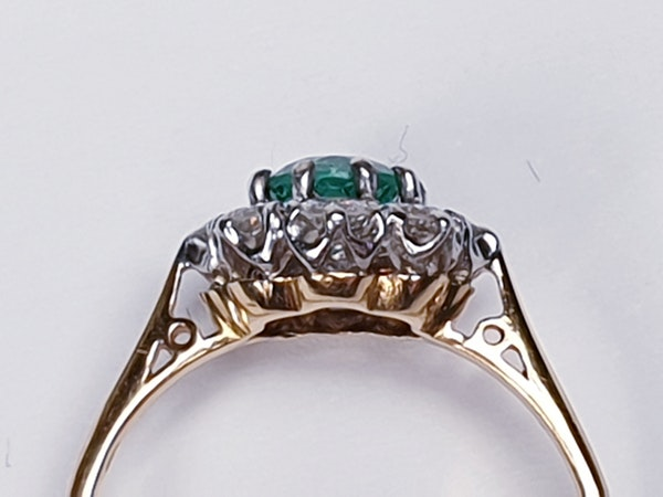 Bright fresh emerald and diamond engagement ring  DBGEMS - image 3