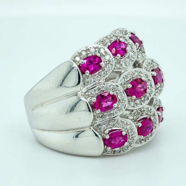 18K white gold 2.50ct Natural Ruby and 0.50ct Diamond Ring - image 2