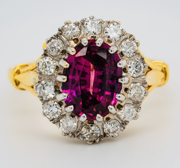 18K yellow/white gold 2.41ct Natural Ruby and 0.80ct Diamond Ring - image 1