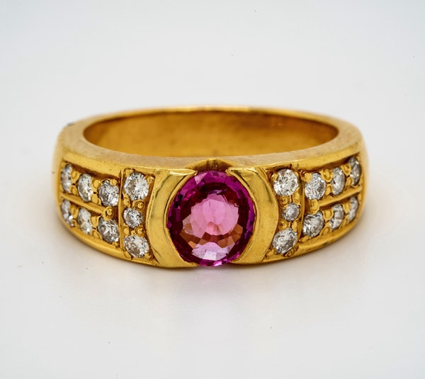 18K yellow gold 2.10ct Natural Pink Sapphire and 0.60ct Diamond Ring - image 4