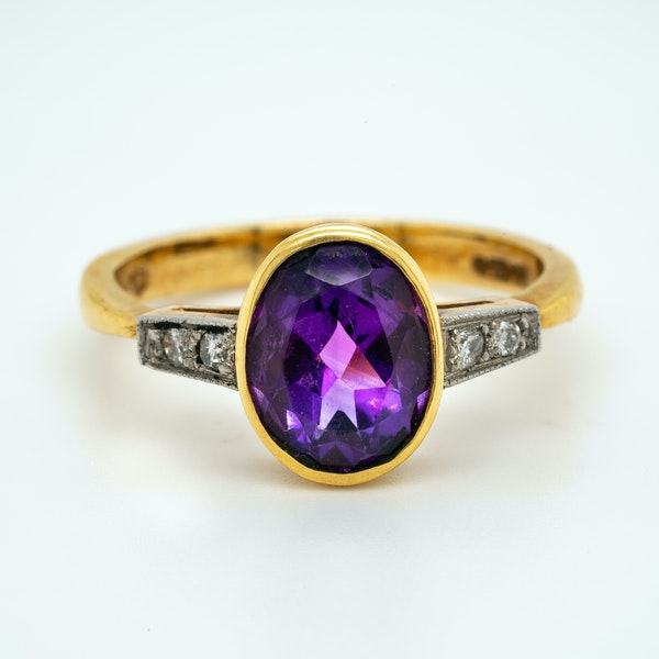 18K yellow gold 2.00ct Amethyst and Diamond Ring - image 1