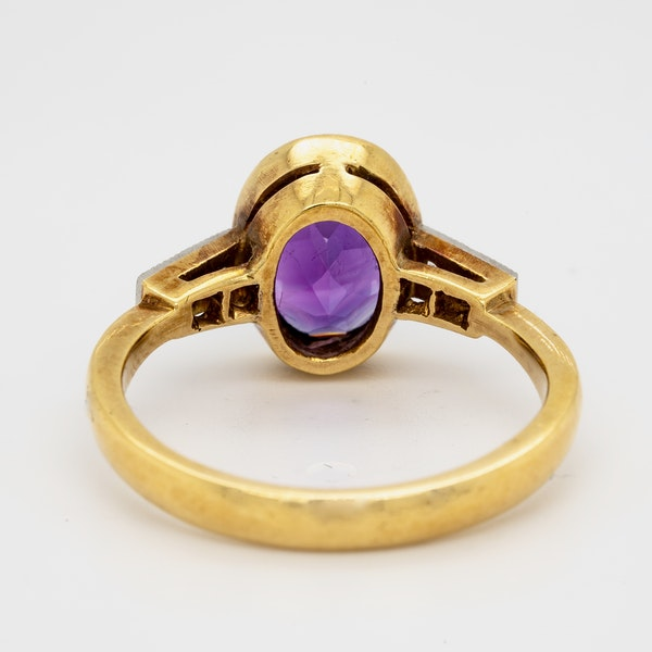 18K yellow gold 2.00ct Amethyst and Diamond Ring - image 4