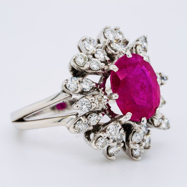 14K white gold 2.50ct Natural Ruby and 0.50ct Diamond Ring - image 2