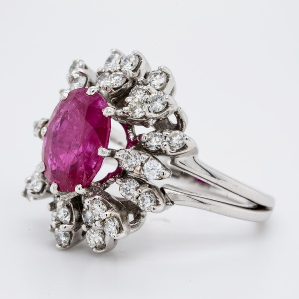 14K white gold 2.50ct Natural Ruby and 0.50ct Diamond Ring - image 3
