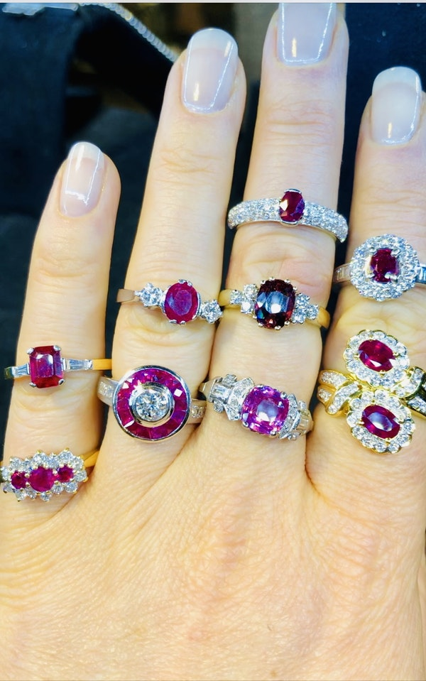 18K yellow gold 0.35ct Natural Ruby and 0.40ct Diamond Ring - image 5