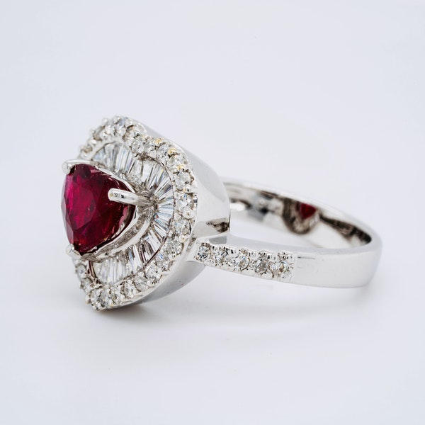 18K white gold 1.63ct Natural Ruby and 1.25ct Diamond Ring - image 3