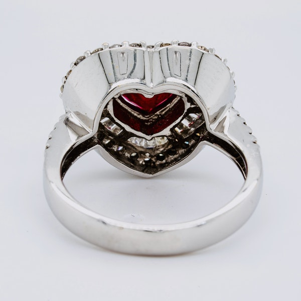18K white gold 1.63ct Natural Ruby and 1.25ct Diamond Ring - image 4