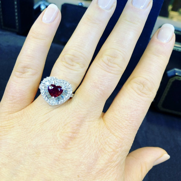 18K white gold 1.63ct Natural Ruby and 1.25ct Diamond Ring - image 5