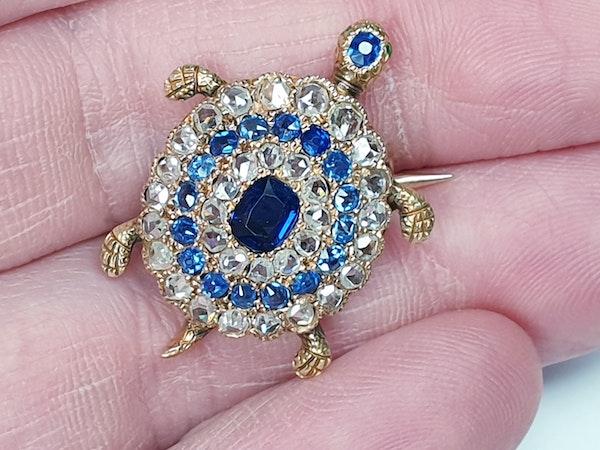 Antique sapphire and diamond turtle brooch  DBGEMS - image 4