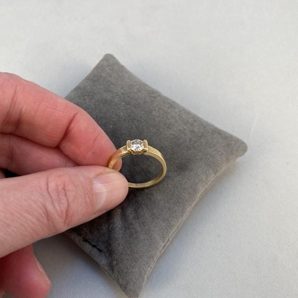 1970's, 18ct Yellow Gold and Diamond stone set Ring, SHAPIRO & Co since1979 - image 4