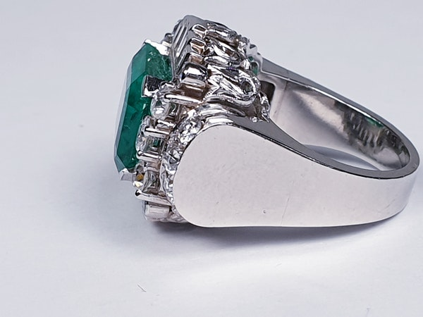 emerald and diamond 1940's cocktail ring  DBGEMS - image 5