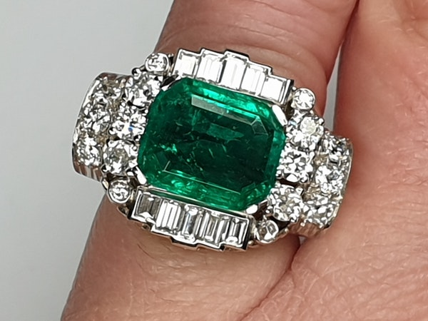 emerald and diamond 1940's cocktail ring  DBGEMS - image 3