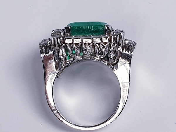 emerald and diamond 1940's cocktail ring  DBGEMS - image 1