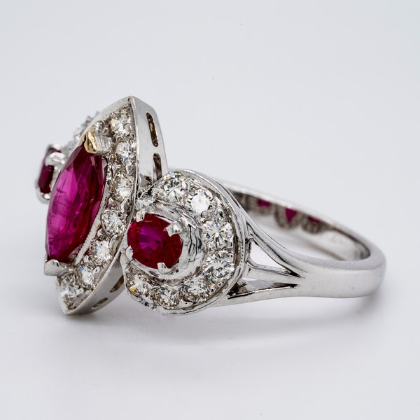 18K white gold 0.80ct Natural Ruby and 1.00ct Diamond Ring - image 3