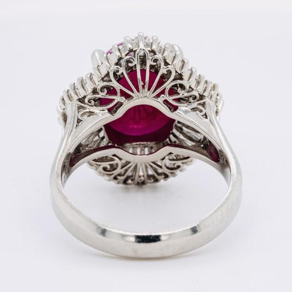 Platinum 7.07ct Natural Cabochon Ruby and 1.22ct Diamonds Ring. - image 4