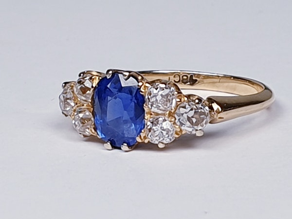 Electric ceylon sapphire and old mine cut diamond engagement ring  DBGEMS - image 3