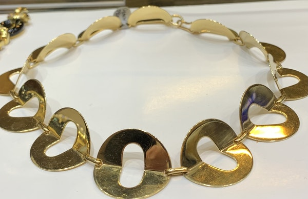 An interesting 18 carat yellow gold collar I the style of a ruff - image 1