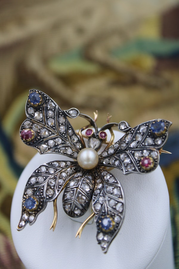 An exceptional Pearl, Ruby, Sapphire & Diamond Butterfly Brooch in Silver Tipped 18 Carat Yellow Gold, French, Circa 1880 - image 1
