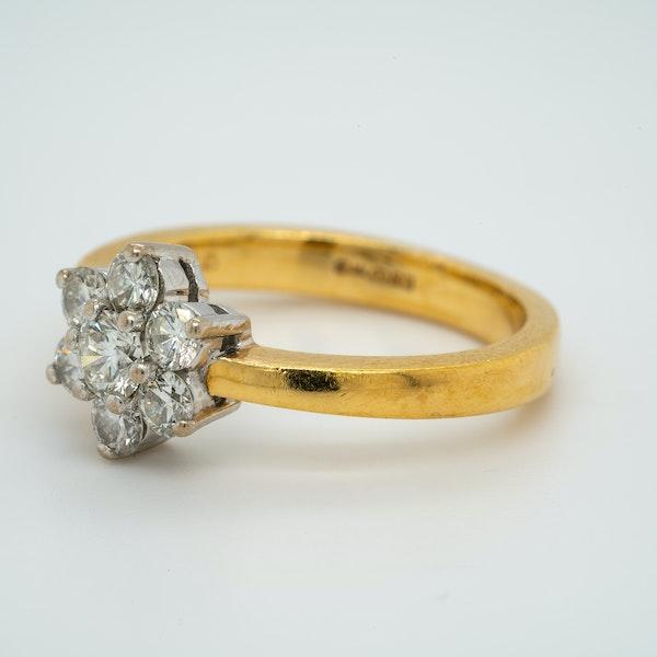 18K white/yellow gold 0.90ct Diamond Cluster Ring - image 3