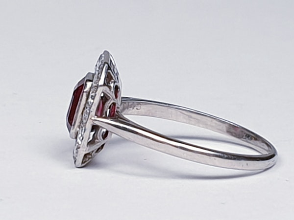 Art deco red spinel and diamond engagement ring set in platinum  DBGEMS - image 2
